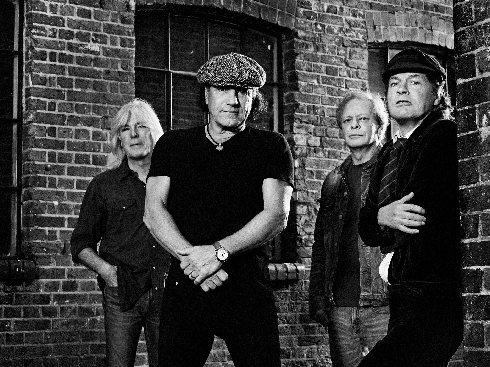 τους AC/DC
