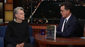 Ο Stephen King μιλάει για το καινούργιο του βιβλίο στον Stephen Colbert